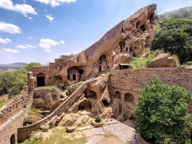 Μονή Γκαρέτζας Γεωργία_David Gareja monastery and caves_Давид-Гареджа_დავითგარეჯა_23251332536_eba93095de_b